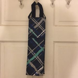 "Thirty one wine bag thermal blue plaid 14""x4""."